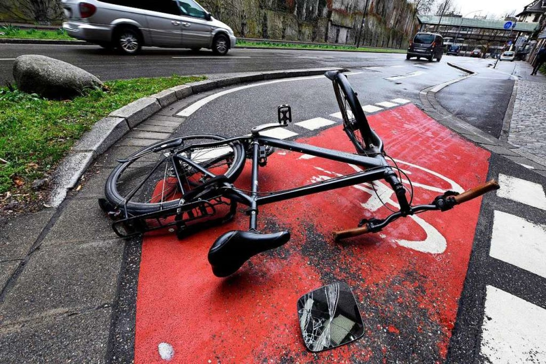 Beim Sturz mit dem Fahrrad zog sich Na...ne heftige Platzwunde zu (Symbolbild).  | Foto: Thomas Kunz