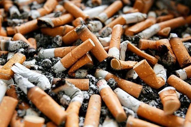 Ökonomen beweisen: Gemeinsames Rauchen kann die Karrierechancen von Männern steigern