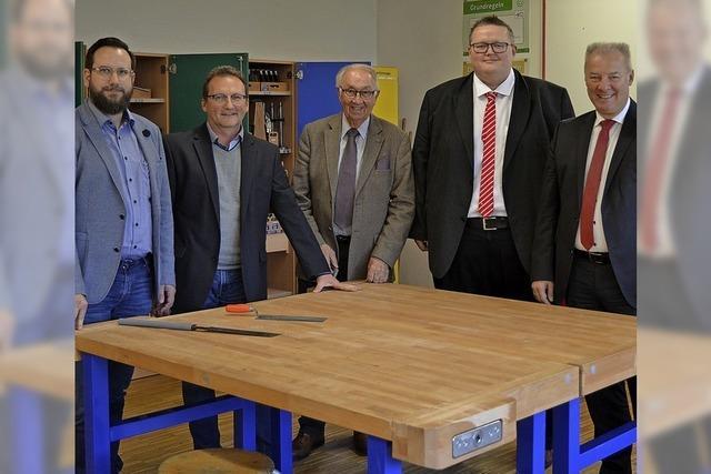 Werkbänke für Schule in Seelbach