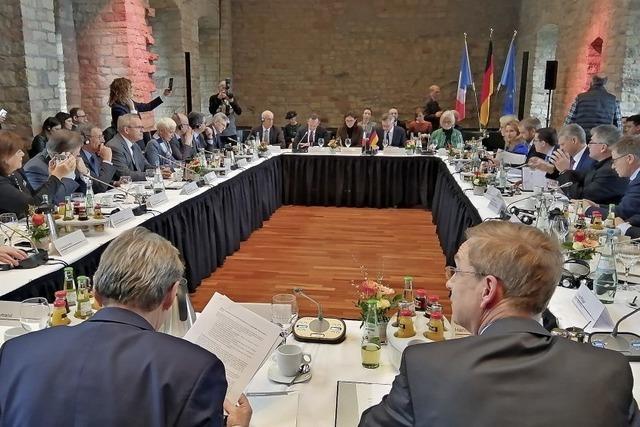 Erste Ausschusssitzung im Hambacher Schloss