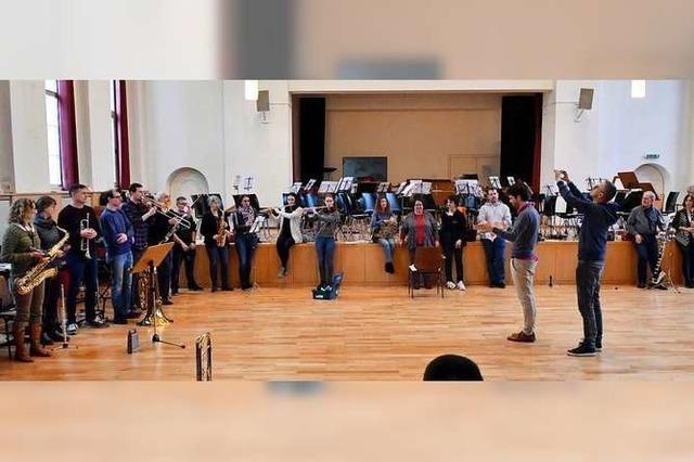 Wie mit Trompeten und Akkuschrauber Musik gemacht wird
