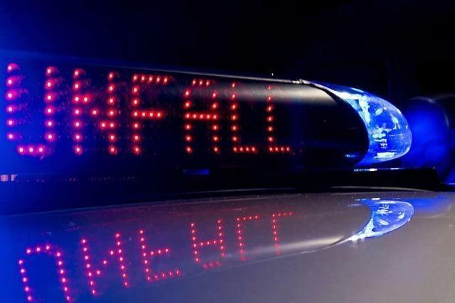 Drei Leichtverletzte nach Autoüberschlag in Tegernau