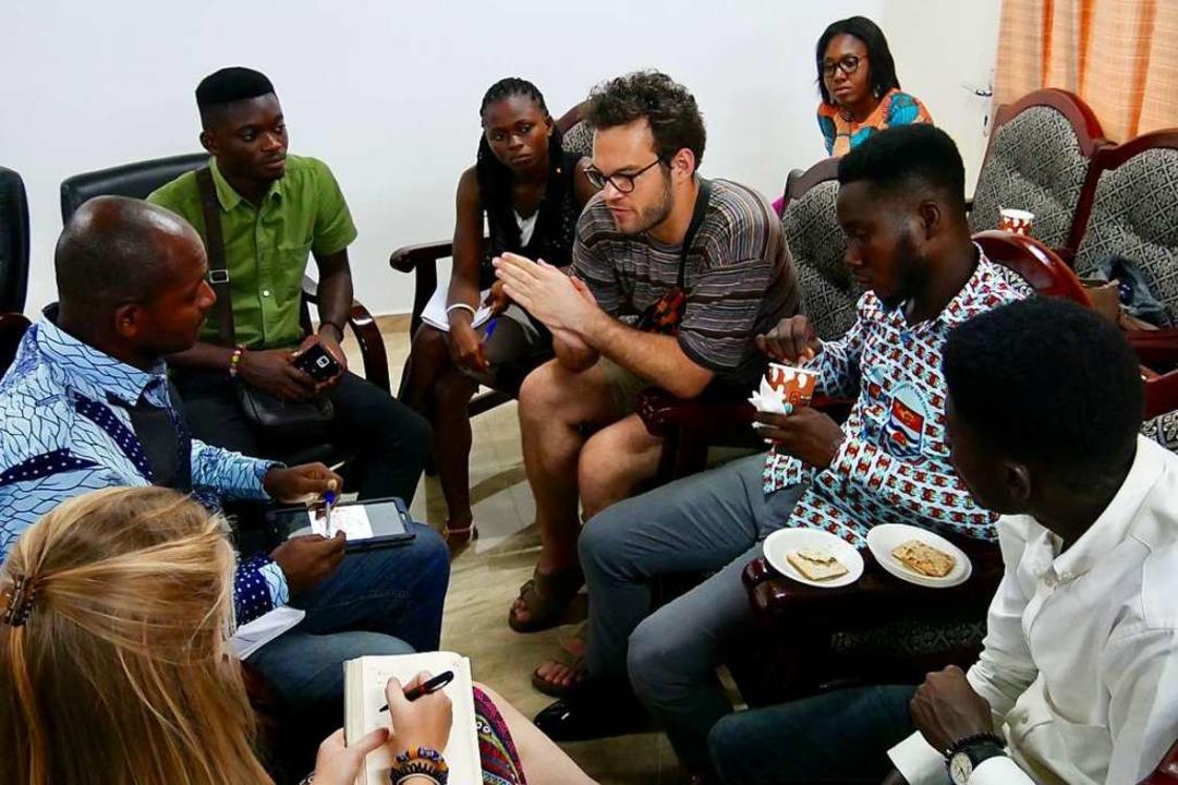 In Gruppen erarbeiten ghanaische und d...kt für nachhaltigen Tourismus in Ghana  | Foto: Wendy Fehlner