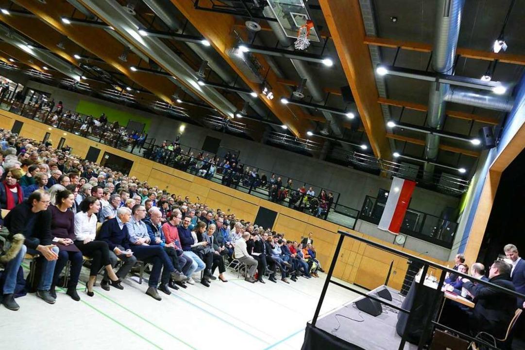 1300 Besucher waren in die Malteserhalle gekommen.    Foto: Sophia Hesser