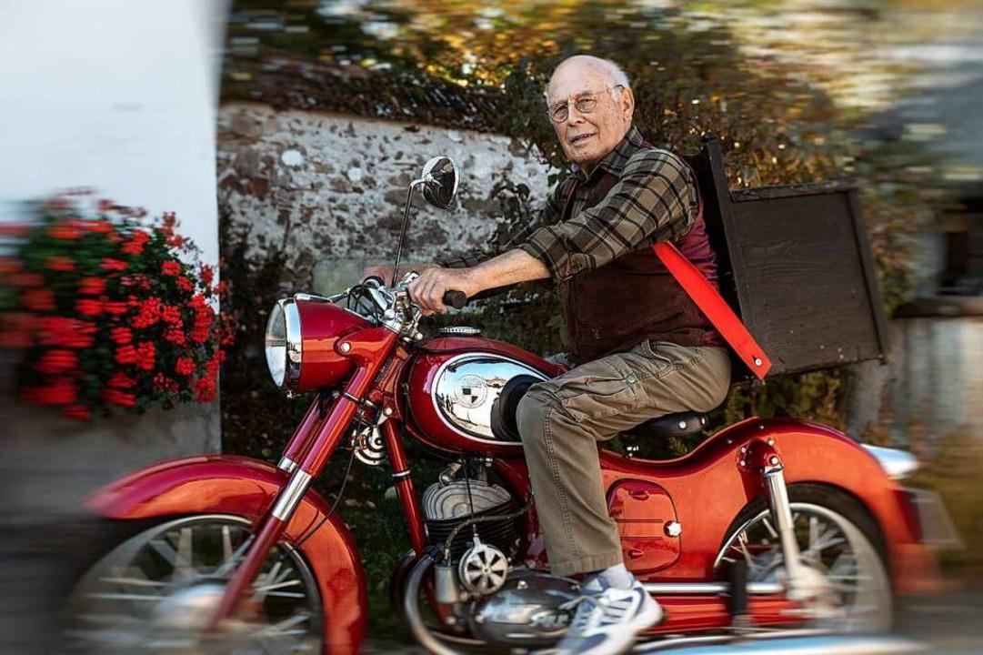 Helmut Kürner (89 Jahre) aus St. Peter...0  im Kurhaus Hinterzarten wiederholt.  | Foto: Manfred Baumann