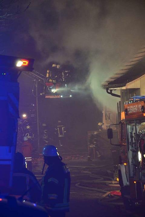 Großbrand in Brunnadern    Foto: Juliane Kühnemund