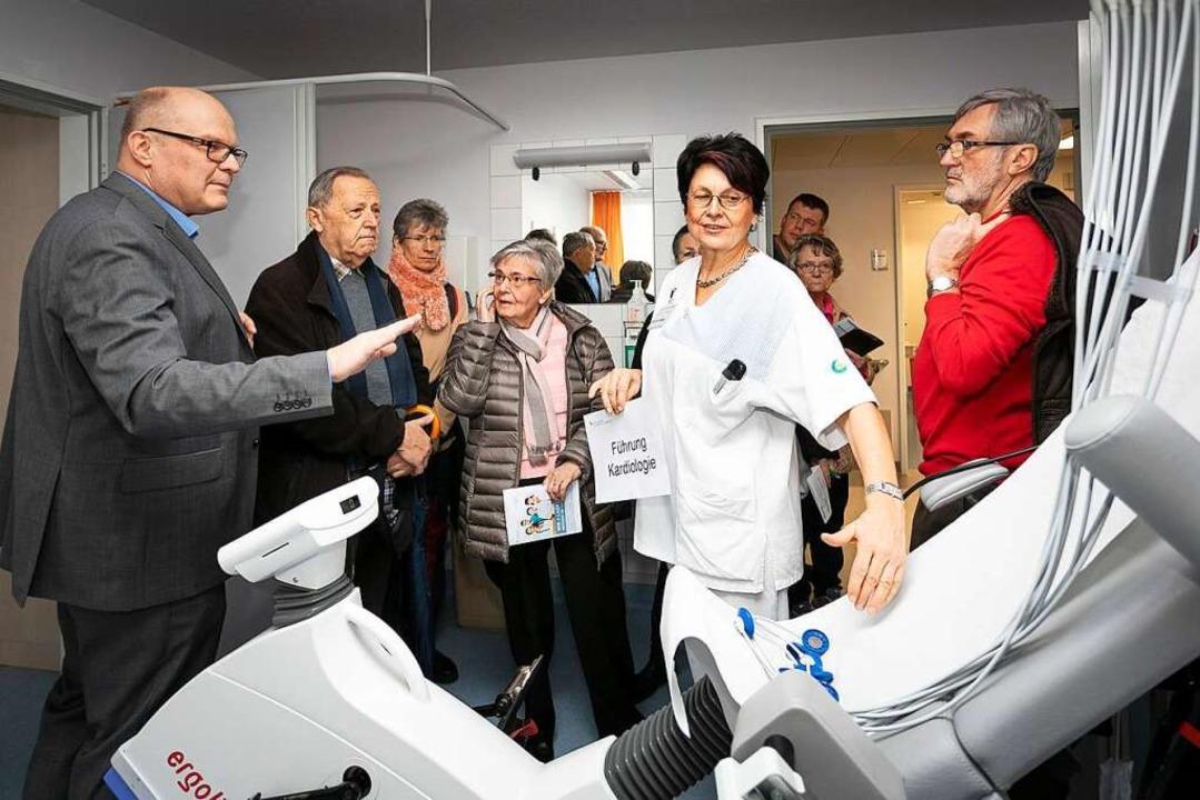 Spannende Einblicke in hochsensible Di...ei Führungen, hier in der Kardiologie.    Foto: Kreiskliniken