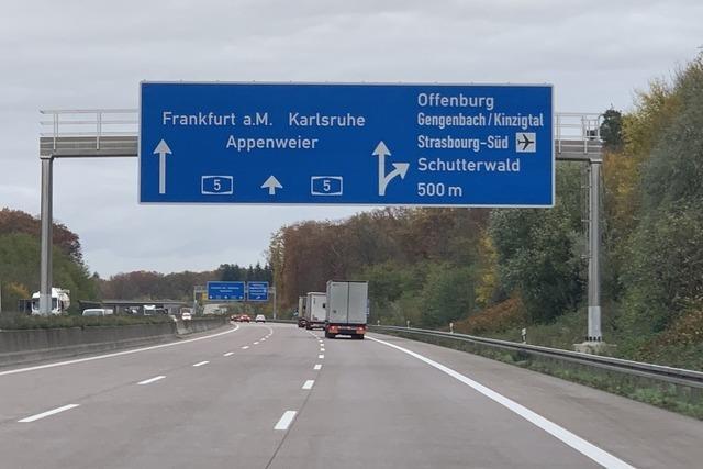 Drei Unfälle bei Offenburger Ei: Vollsperrung der A5 wieder aufgehoben