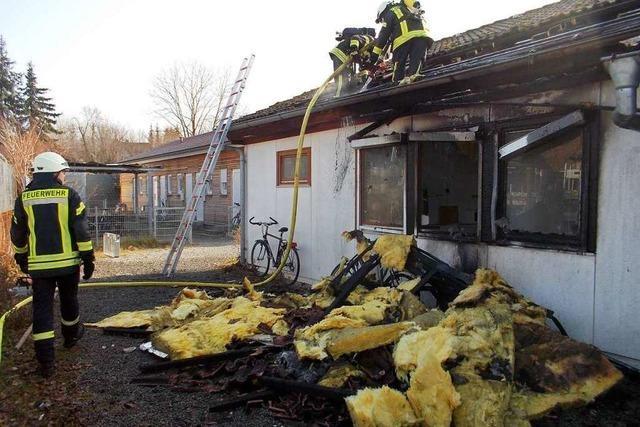 Hausbrand in Denzlingen: Drei Bewohner verlieren ihr Zuhause