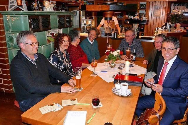 Buchenbachs Bürgermeister Harald Reinhard wirbt für seine Wiederwahl