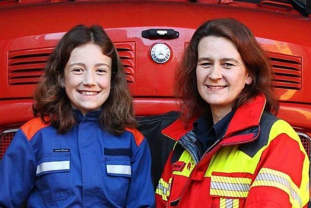 Mutter und Tochter sind bei der Herbolzheimer Feuerwehr