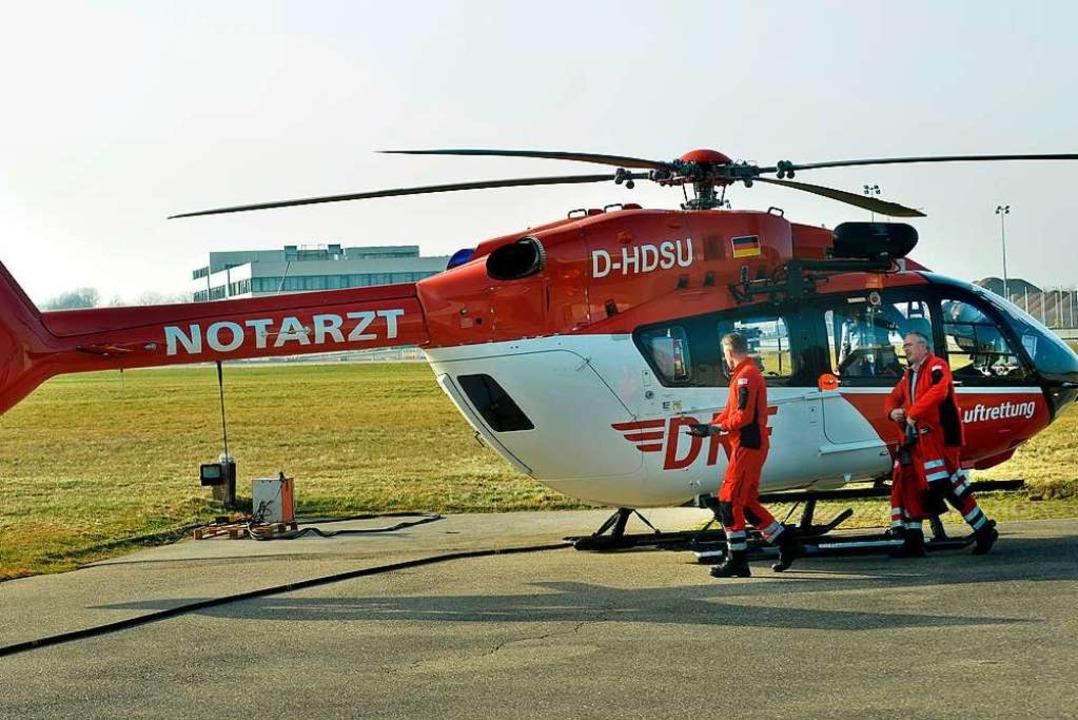 Am Freitag wurde der Hubschrauber am Freiburger Flugplatz vorgestellt.  | Foto: Michael Bamberger