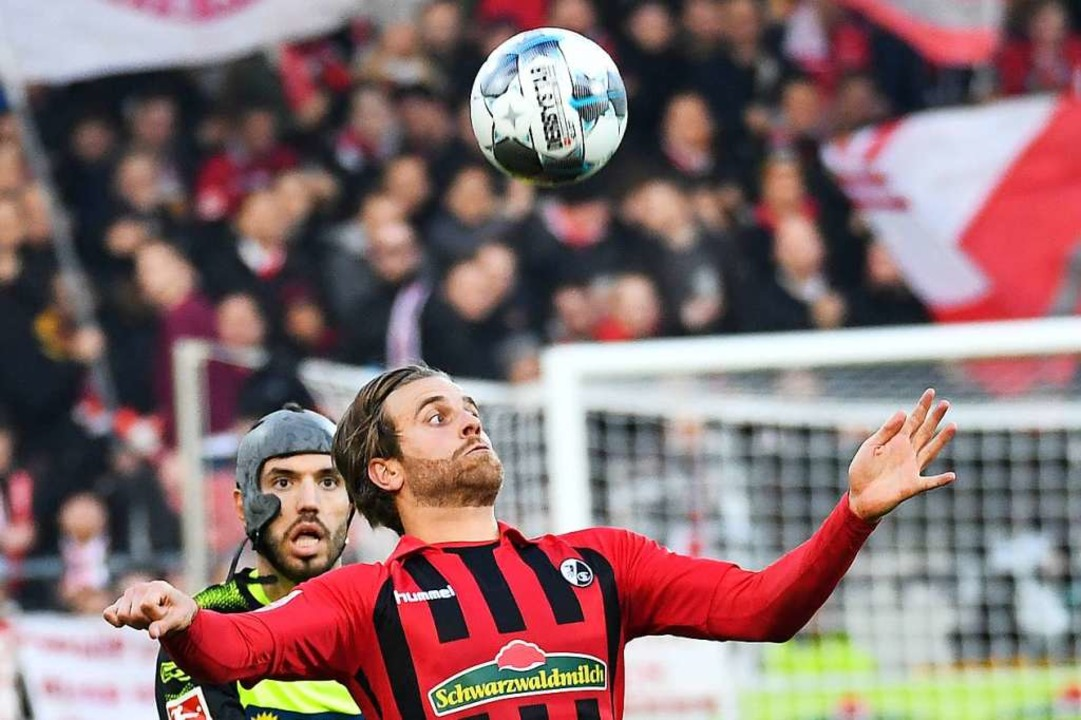 Erwischte gegen Paderborn einen unglüc...hen Elfmeter verursachte: Lucas Höler.    Foto: Achim Keller