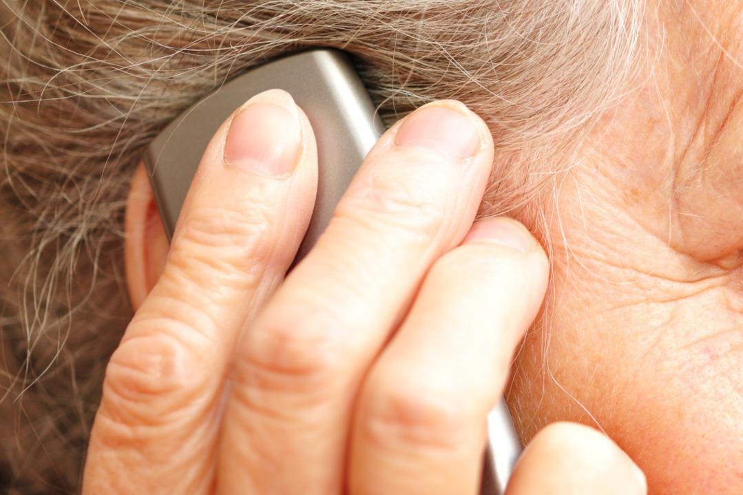 Telefonbetrug: Eine 88-jährige  Frau a...stadt sollte Opfer werden (Symbolfoto)  | Foto: photocrew - stock.adobe.com