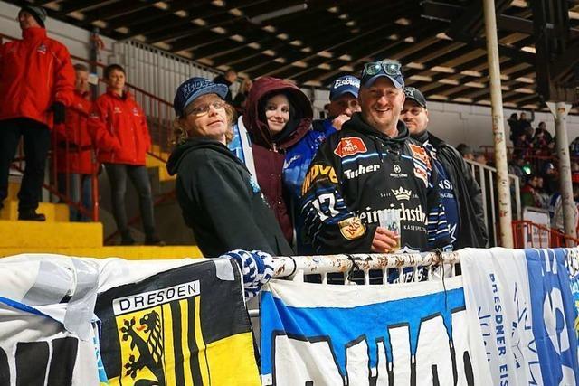 Fanliebe in der DEL2: Die lange Freiburg-Reise der Eislöwen-Fans