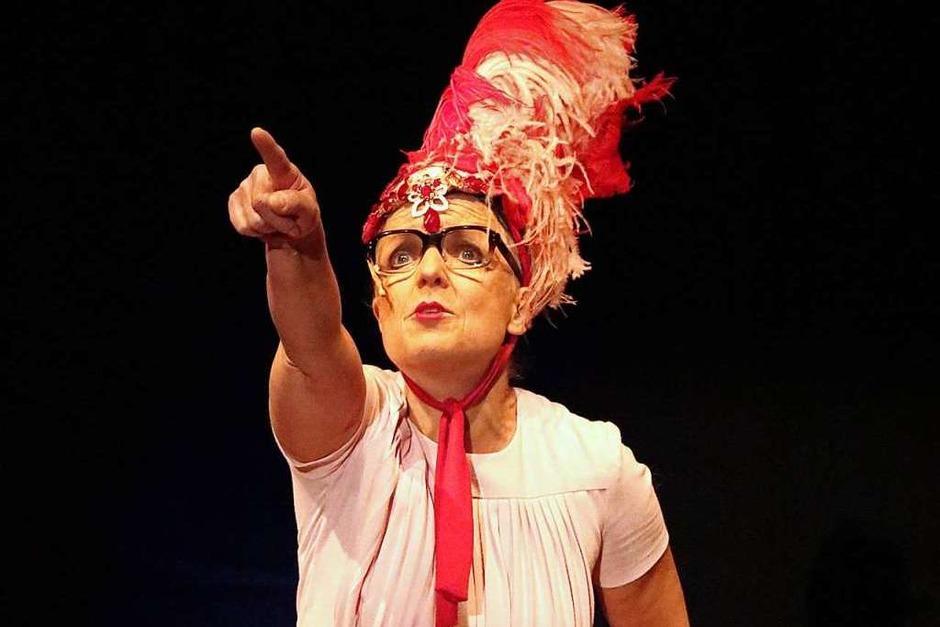Egal ob sie tanzt, singt, schauspielt oder witzelt -Rosemie Warth ist eine Meisterin ihres Fachs. (Foto: Martha Weishaar)