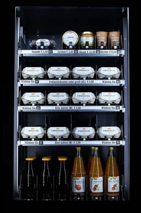 Der typische Automatenkäufer kommt nac...älle Milch, Eier, Wurst und Apfelsaft.    Foto: Kathrin Blum