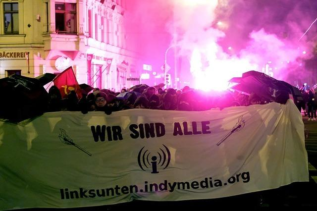 Erneut Gewalt bei Demonstration in Leipzig