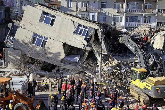 38 Tote bei Erdbeben in der Osttürkei