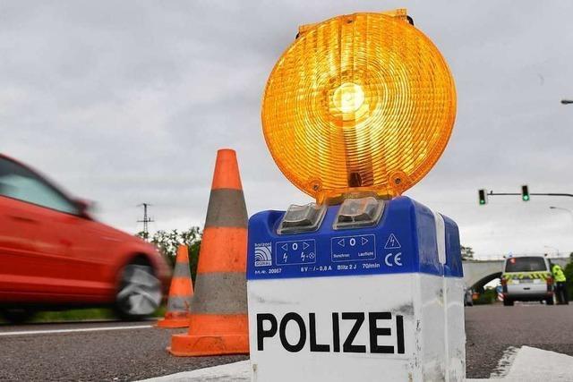 Polizei zieht Transporter mit gefährlichen Mängeln aus dem Verkehr