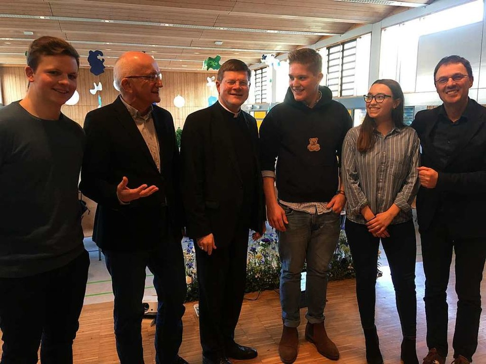 Erzbischof Stephan Burger besuchte das Kolleg in Stegen.  | Foto: Michael Dörfler