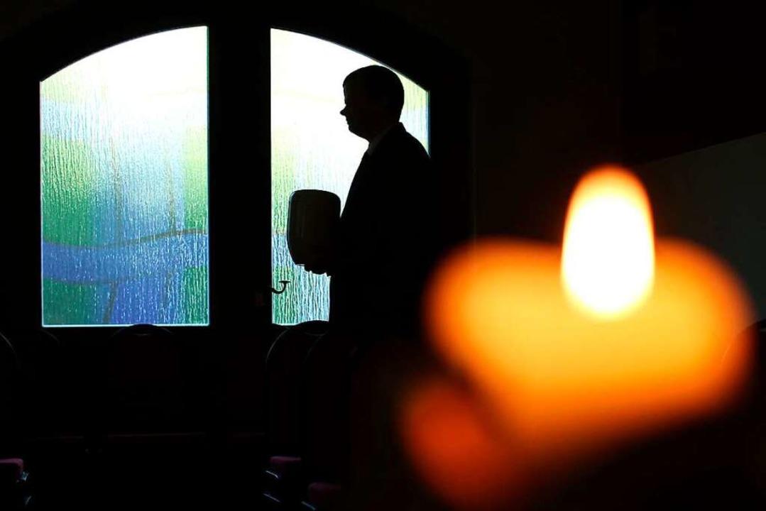 Trauernden kann es helfen, nicht alles alleine entscheiden zu müssen.    Foto: Sebastian Willnow