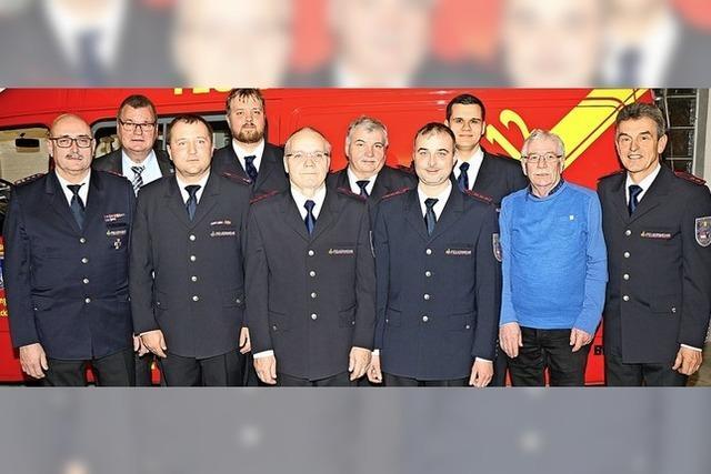 335 Einsatzstunden für die Hecklinger Feuerwehr