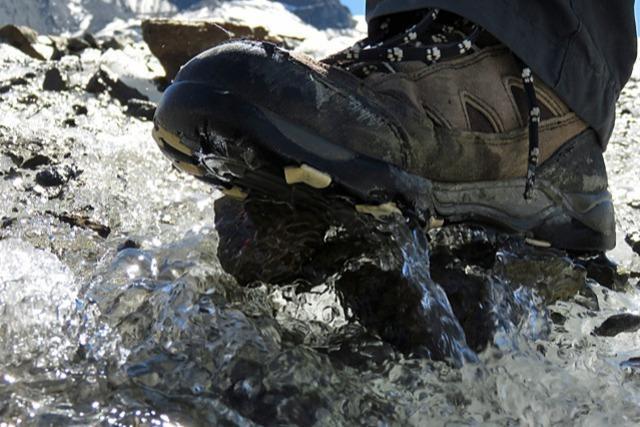 Experten warnen vor Eisgefahr beim Wandern im Winter