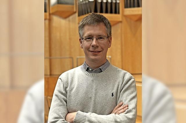Orgelprofessor Matthias Maierhofer spielt zum Jubiläum
