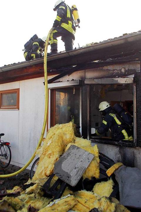 Eine gemeindeeigene Wohnung in Denzlin...Jahre alten Bewohner der Brandstiftung  | Foto: Feuerwehr Denzlingen
