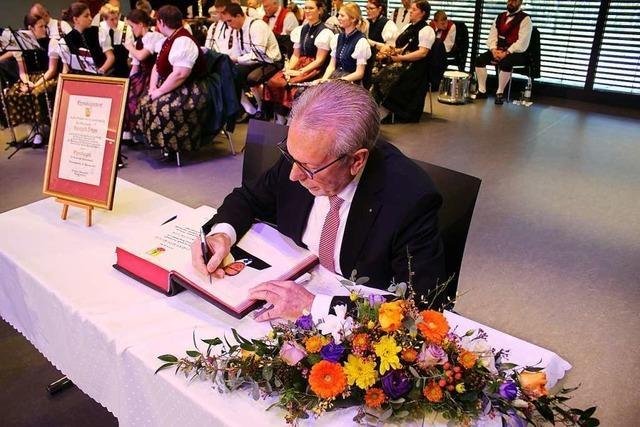Reinhold Scheer ist jetzt Ehrenbürger von Simonswald