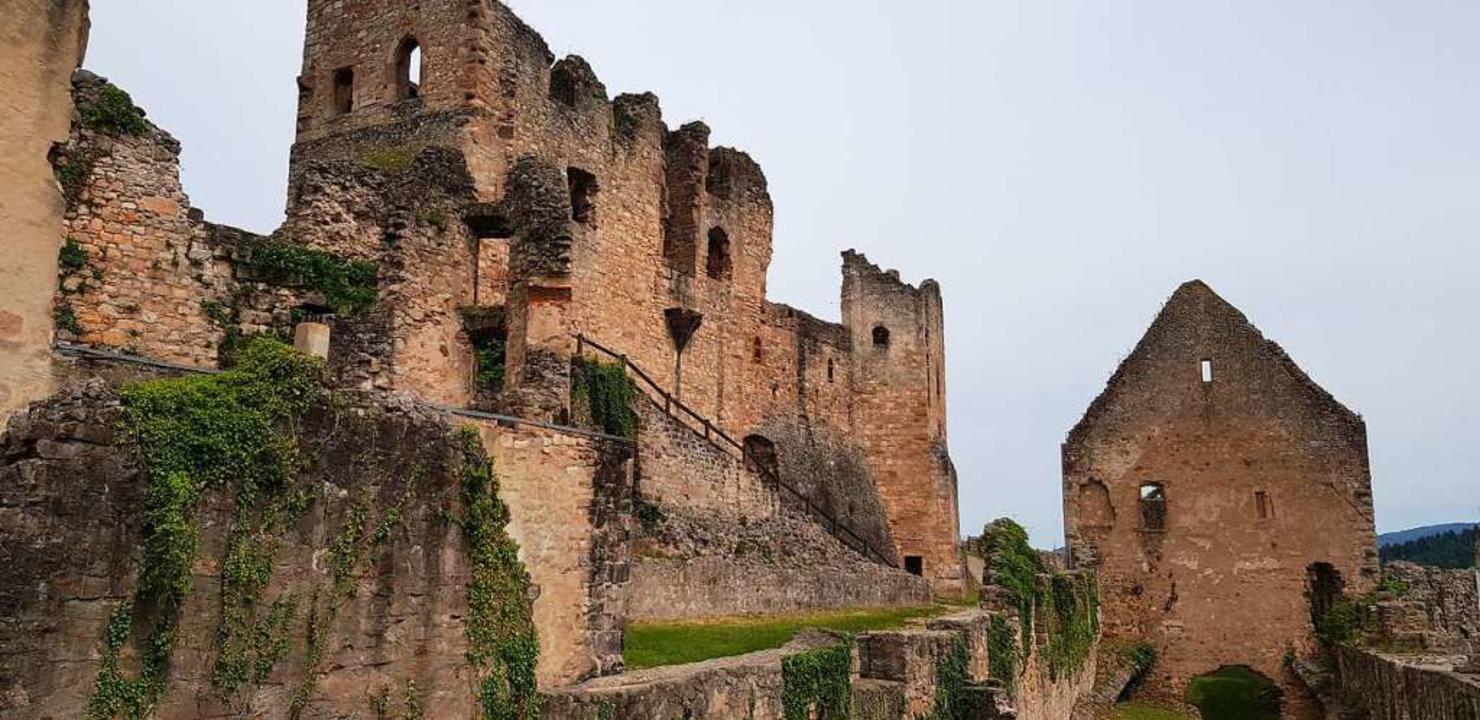 Die Ruine der Hochburg bei Emmendingen...len, wie dort einst die Ritter lebten.  | Foto: Gerhard Walser
