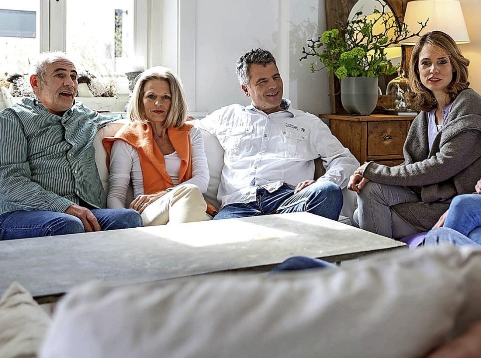 Nur wer gut hört, kann an Gesprächen teilnehmen.  | Foto: fgh / thomas berg