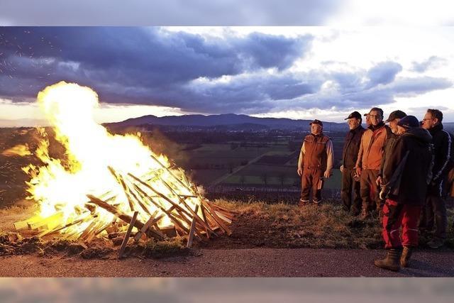 Am Samstag brennen Mahnfeuer