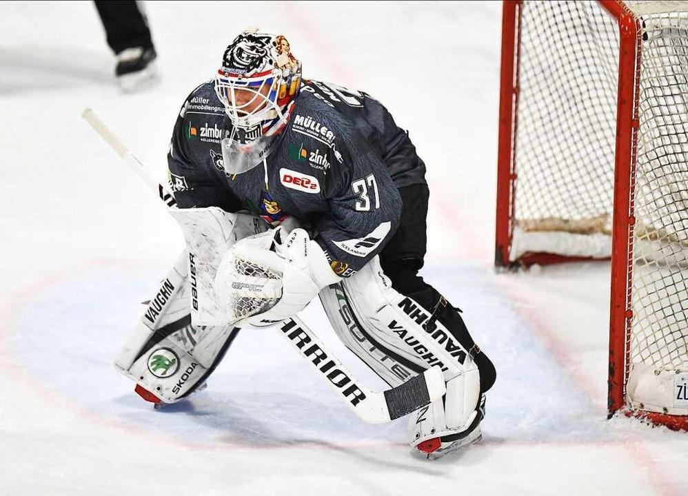 Meisner trägt die Nummer 37 und hält seinem Team im Tor den Rücken frei  | Foto: Achim Keller