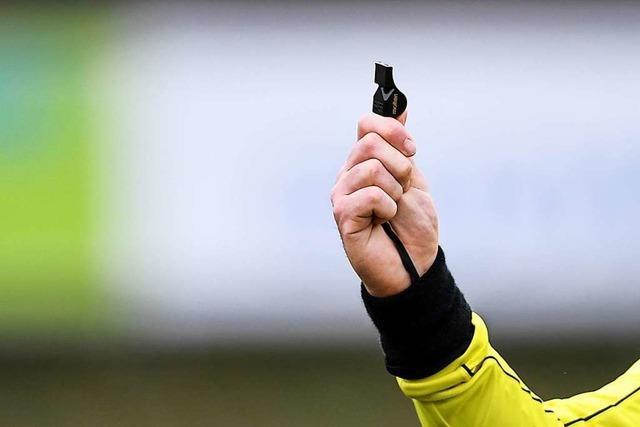 Warum ein Fußballspiel zwischen dem SV Wasenweiler und dem FV Sasbach vom Referee abgebrochen wurde