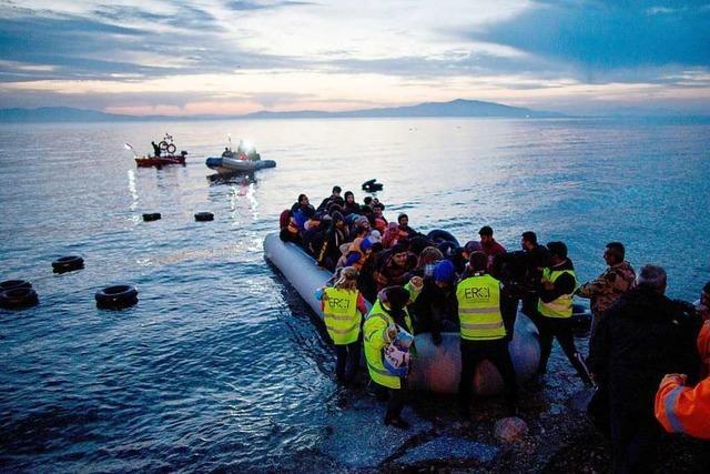 Schwimmende Zäune gegen Flüchtlingsboote – Griechenland will seine Seegrenze abriegeln