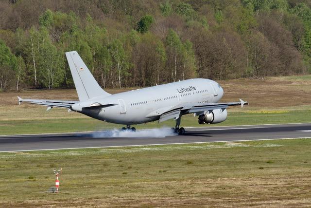 Coronavirus: Luftwaffe fliegt Deutsche aus Wuhan aus
