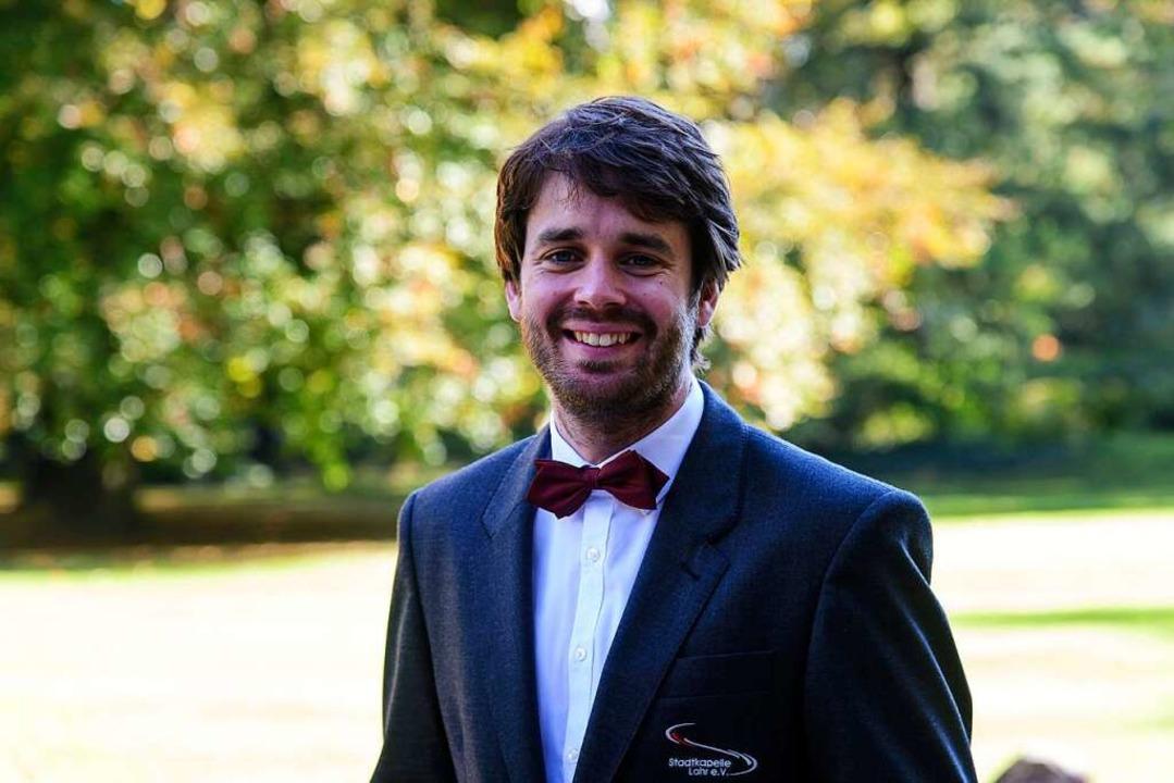 Dirigent Nicholas Reed  | Foto: Tobias Fiedler Fotografie