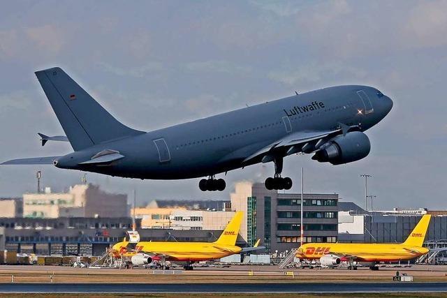 Luftwaffe holt Deutsche aus Wuhan ab