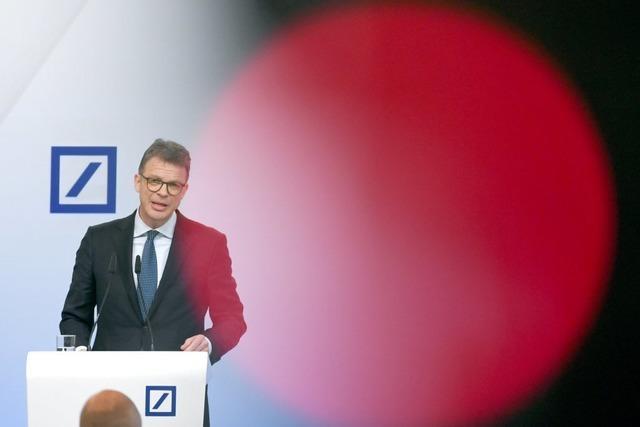 Milliardenverluste bei der Deutschen Bank und trotzdem Boni für die Manager – das geht nicht