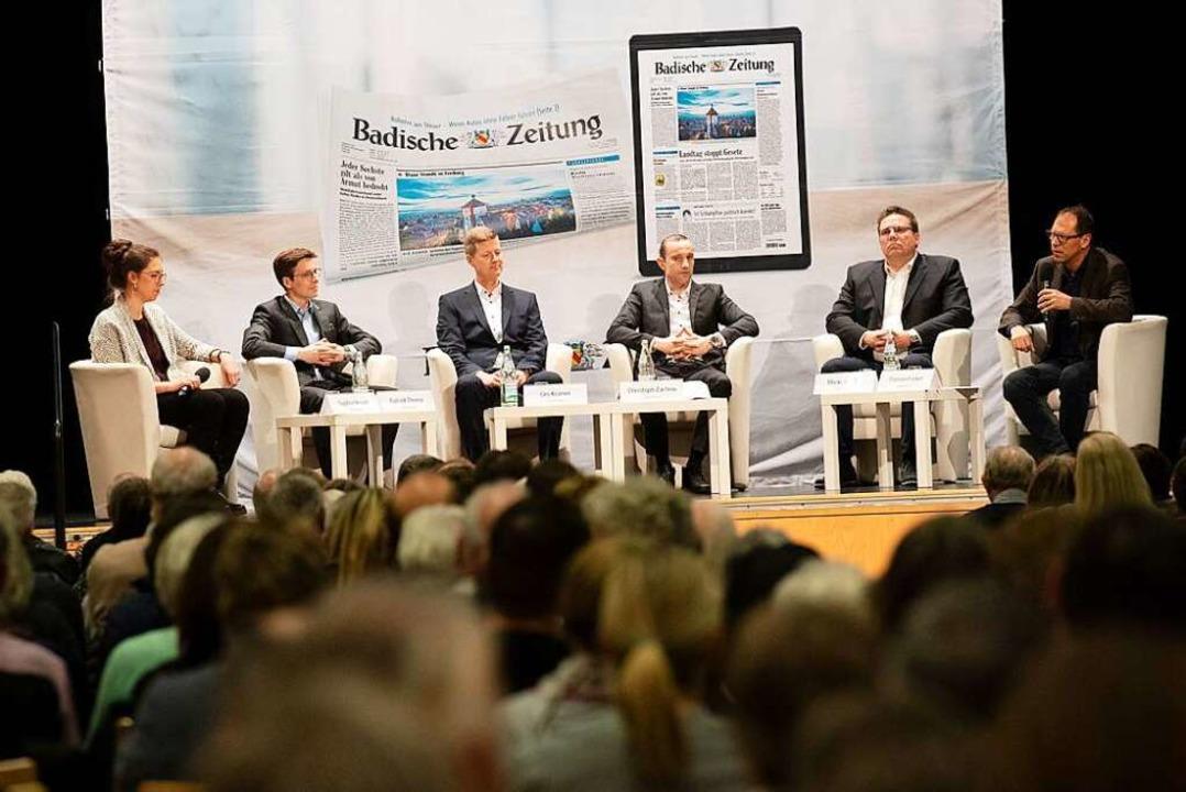 Die Kandidaten beim BZ-Kandidaten-Talk in der Malteserhalle in Heitersheim  | Foto: Volker Münch