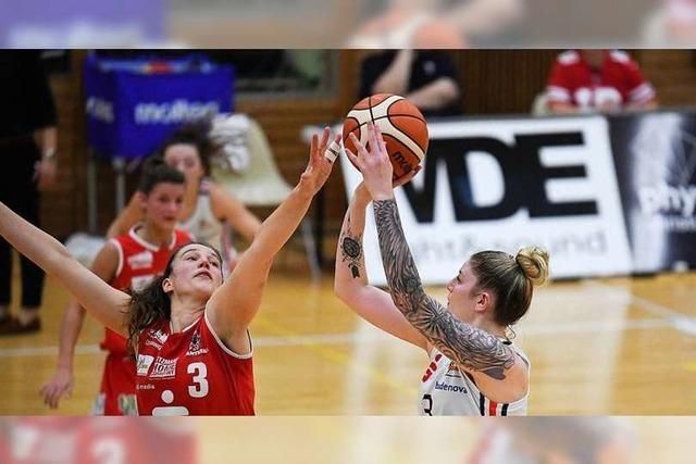 Die Bundesliga Frauen des USC Freiburg feiern 85:68-Sieg in einem Spiel mit drei Kuriositäten