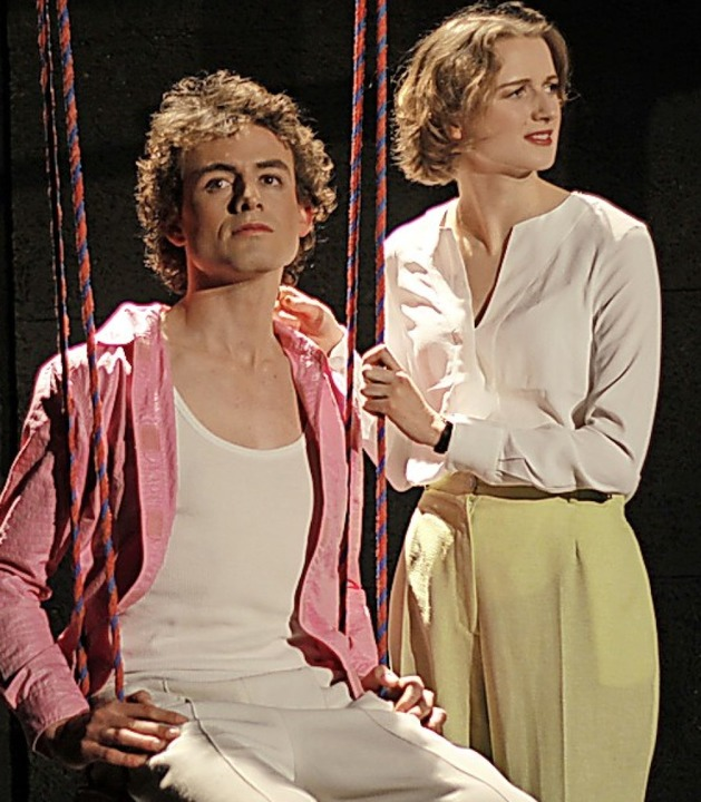 Moritz Dominik und Clara Fuchs in den Titelrollen    Foto: Friderike Schnatz