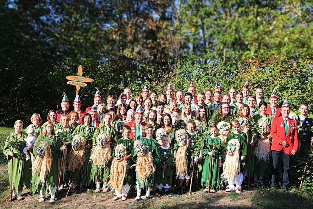 Die Hartheimer Rheingeister, seit 1980...r sind aktiv und tragen Häs und Maske.    Foto: Sabrina Hoch / Die Photo Lounge