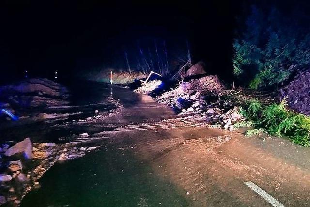 Video: Erdrutsch bei St. Blasien von Dashcam aufgezeichnet