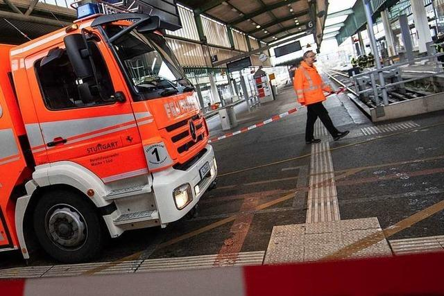 Stuttgarter Hauptbahnhof wegen Feuerwehreinsatzes gesperrt