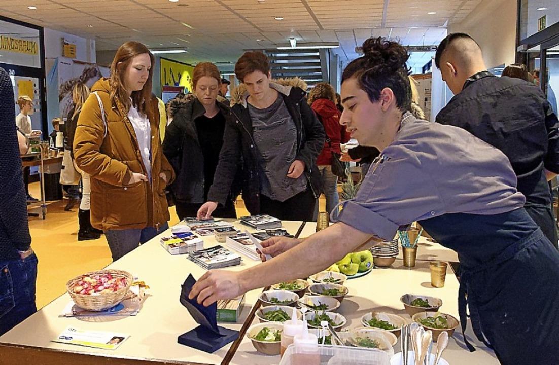 2020 findet die Ausbildungsbörse im Sc...h-Wyhlen bereits zum elften Mal statt.  | Foto: Thomas Dix/ZVG Realschule, Mail von Bigler