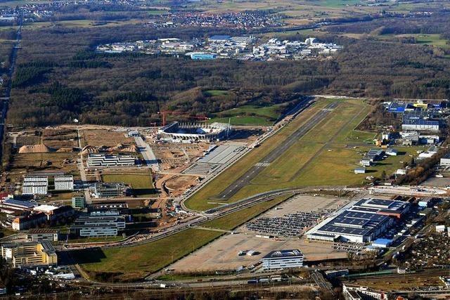 Freiburger Stadtverwaltung soll Schließung des Flugplatzes prüfen