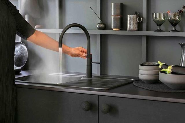 Ein Wasserhahn, der kochen, kühlen und sprudeln kann